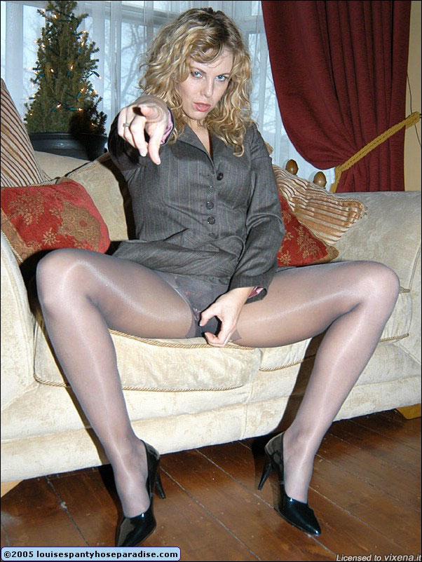 Louise Pantyhose 109