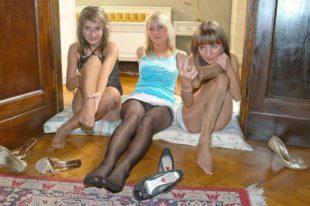 Tre ragazze in collant